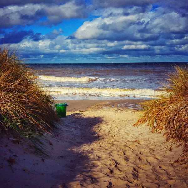 Beach Sea Horizon Over Water Sand Water Tranquil Scene Shore Scenics Tranquility Sky Beauty In Nature Travel Destinations Tourism Nature Cloud - Sky Vacations Plant Non-urban Scene Coastline Outdoors