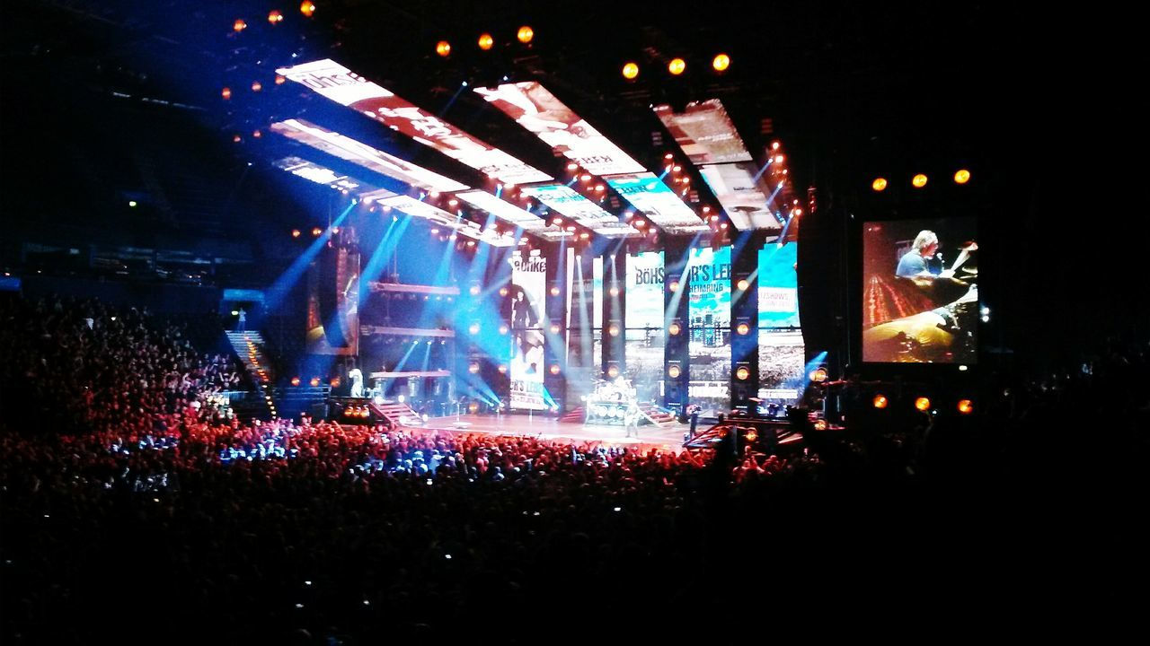 Music Popular Music Concert Performance Böhse Onkelz Music Rock Music Life Music Musician Indoors  Nightlife Hamburg Meine Perle Hamburgmeineperle Germany TakeoverMusic Finding New Frontiers