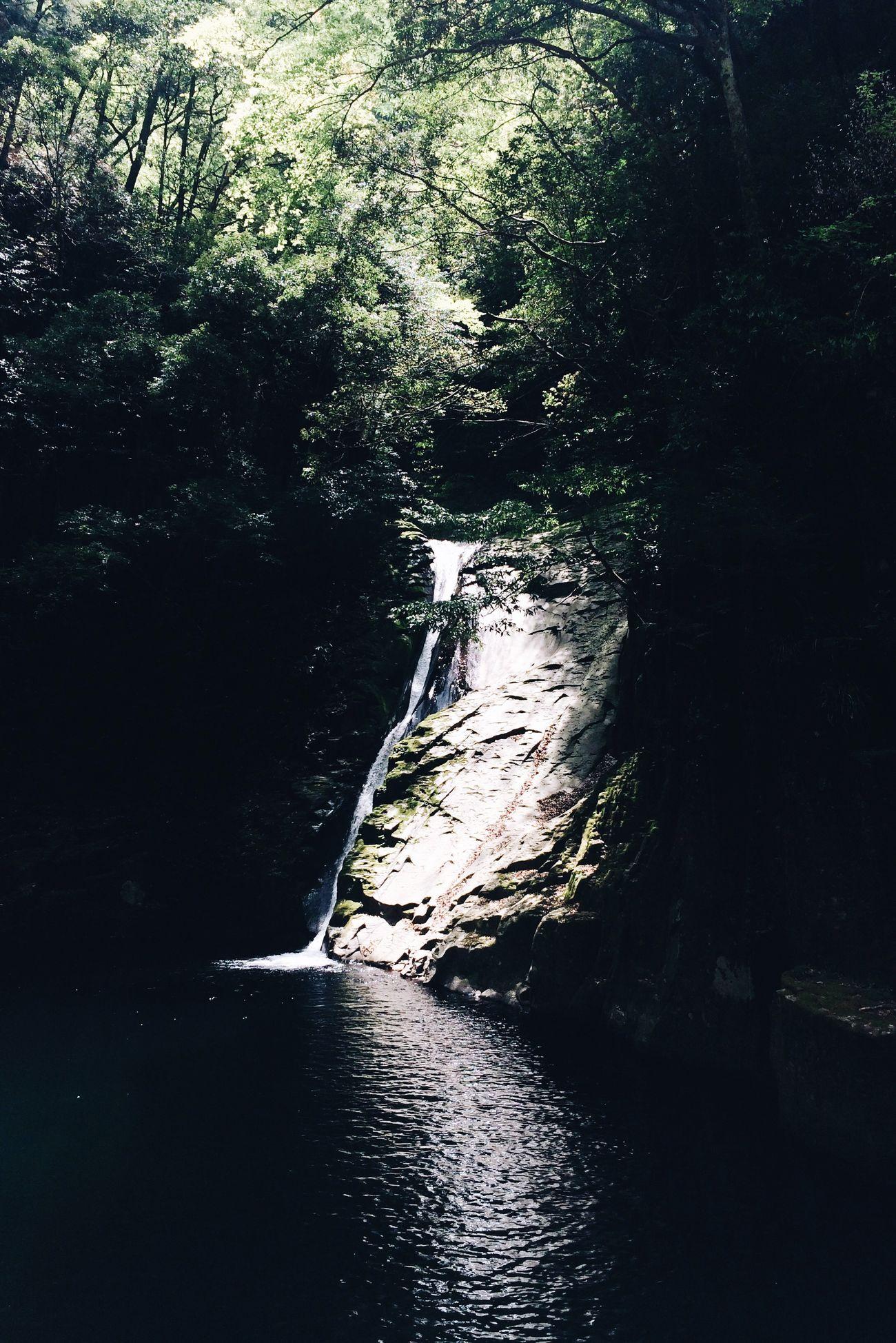 布曳滝 Waterfall