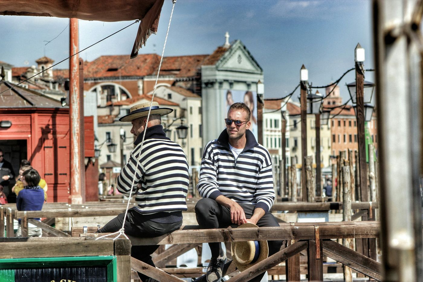 Venice Venezia Italia Venezia Venezia - Gondolieri Si Riposano