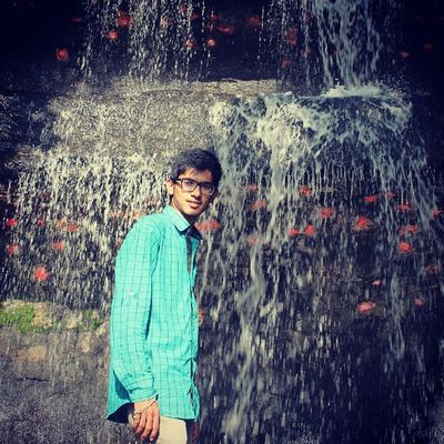 Me Water Falls Natural Beauty Stone Big Stone Greenery Evening Click Very Cloudly Weather Enjoy Sunday Wid Frnds Enjoyment Edit Edited PicOfTheDay ... ,,, ... ,,,