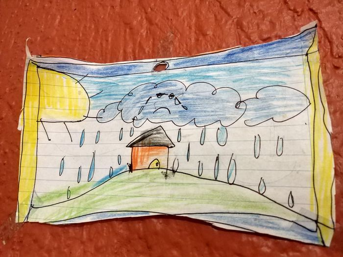 Las nubes lloran porque estan tristes..the clouds cry because they are sad ... No People Close-up Indoors  Nubes Drawing Clouds Colors