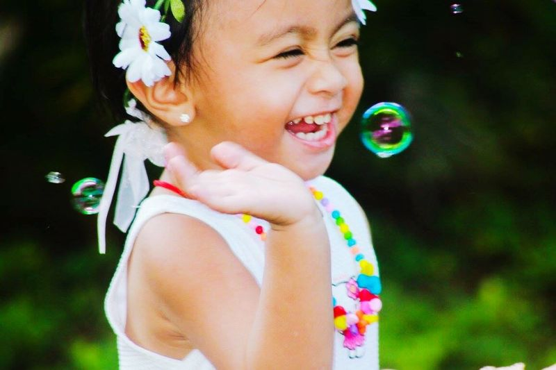 EyeEmNewHere Bubble Real People One Person Bubble Wand Fragility Leisure Activity Flower Childhood Day Happiness Outdoors Close-up Nature Freshness Young Adult People