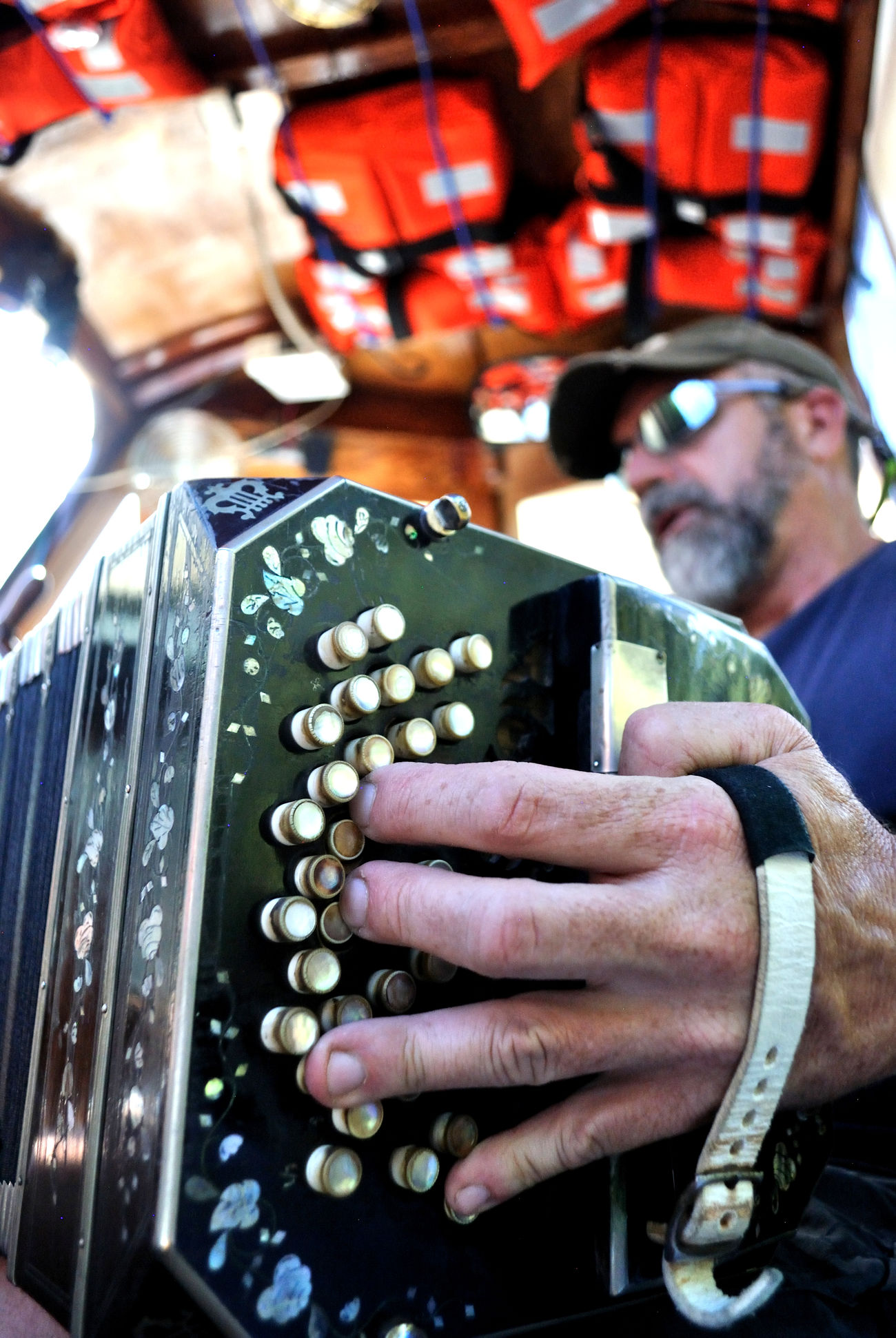Bandoneon on board Bandoneon Boat Trip Close-up Hand Live Music Music Musical Instrument Musician Old Music People Performance Portrait Tango