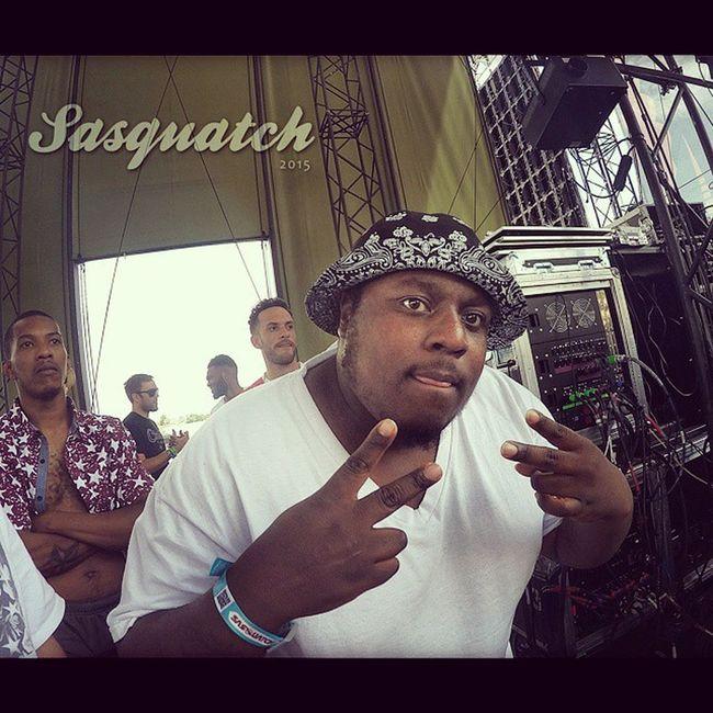@Tha_Real_Magik on the Mainstage for @SamLachow's set. Sasquatch2015 BlackUmbrella Festivals theGorge