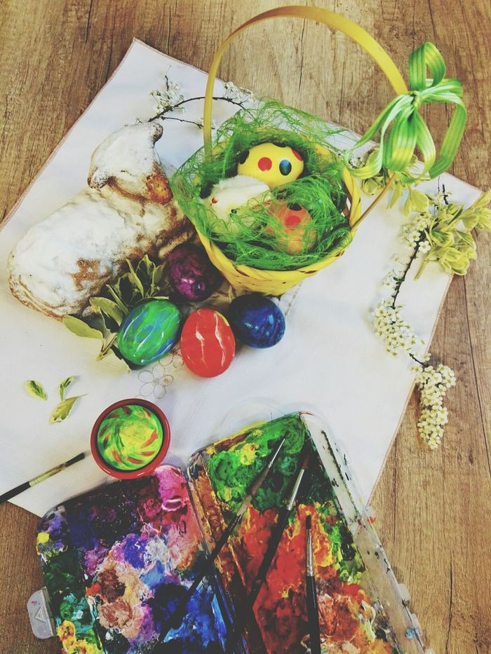 Easter traditions Celebration Multi Colored High Angle View Table Easter Decoration Easter Background Easter Time  Easter Traditions Tradition Easter Eggs Colorful Eggs Color Photography Eggs Painting Freshness EyeEmNewHere Easter Time  Easter Ready