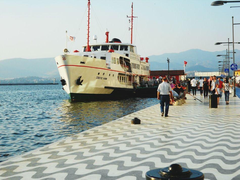 Turkey/ızmir-alsancak Touristik and museum boat For People Summer* Informative Interesting Enjoyableday ☺☺👒👒🎩