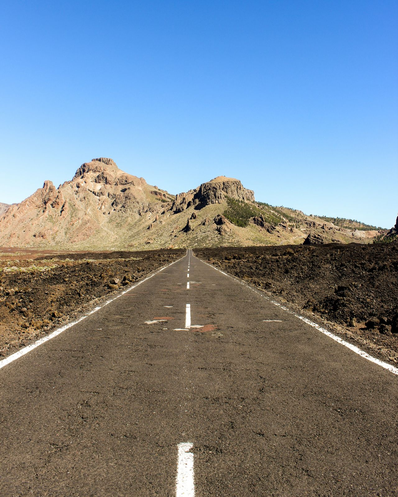 Lonely Road Road Lonelyroad Tenerife Tenerife Island Teneriffa Canadas Del Teide Beauty In Nature Beautiful Nature Beautiful Places Nationalpark Canaryislands Awesomeearth Awesome_nature_shots Wonderful_places Clear Sky Highway Asphalt Transportation The Way Forward Landscape No People Outdoors Day Motorsport