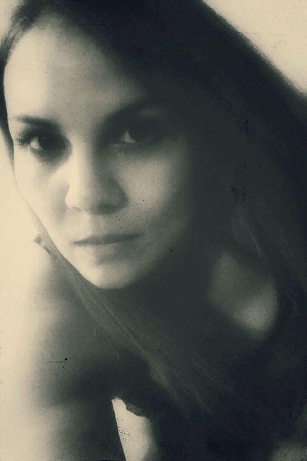 Black & White Faces Of EyeEm Woman Puertorriqueña EyeEm Woman Portrait Of A Woman Look Face Latina Selfie