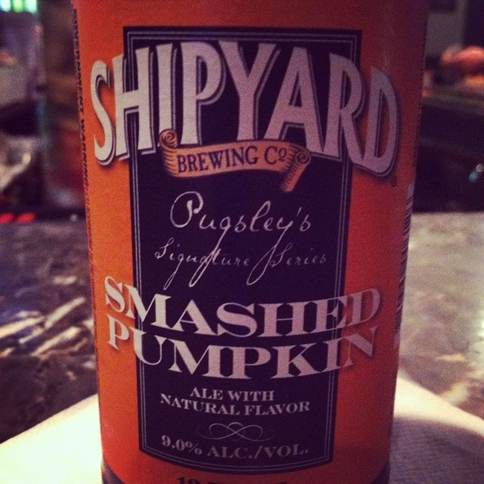 Damn, smashed pumpkin! You tasty 🍻🎃 Shipyardbrewery Pumpkinbeers