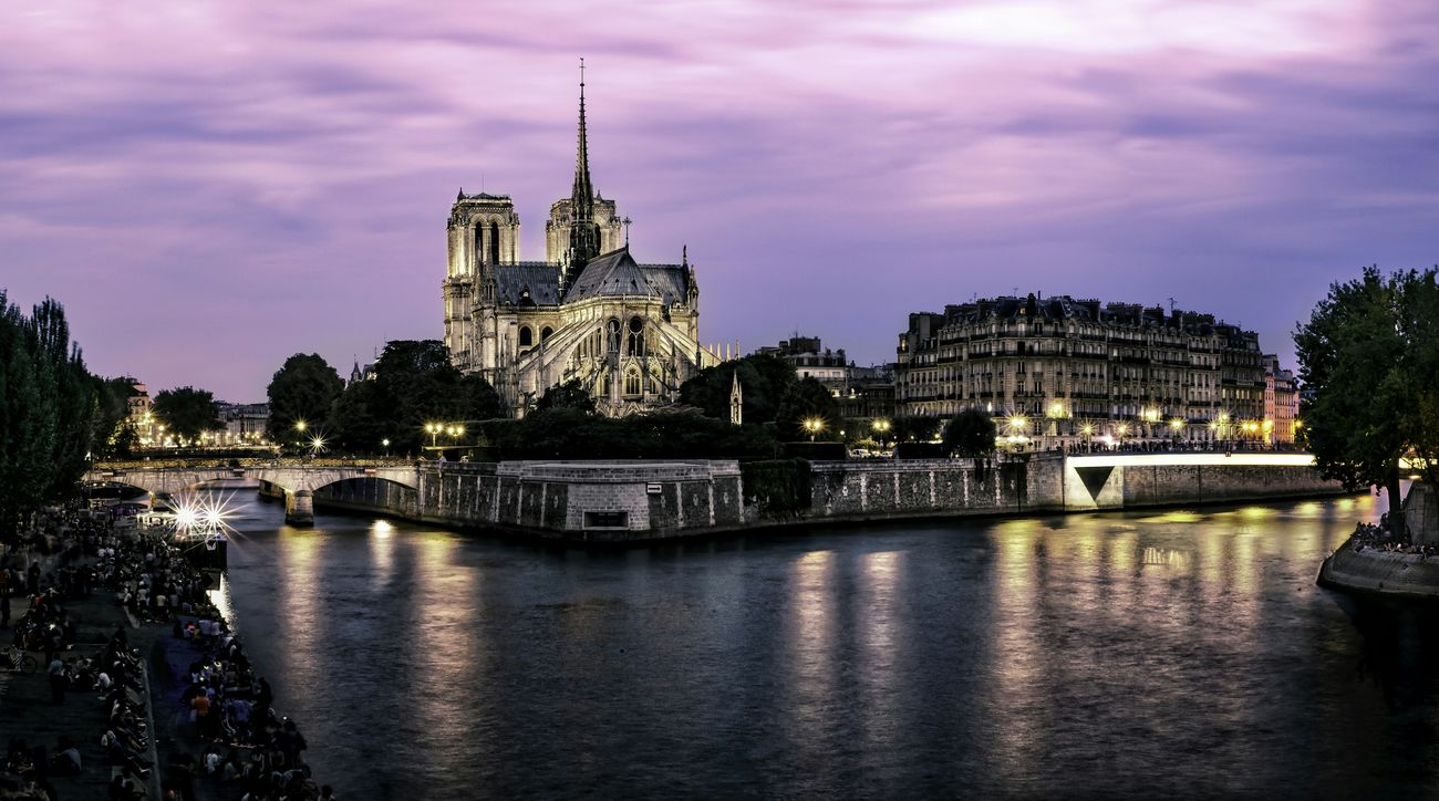 Cityscapes France Paris Historical Monuments Cathedralenotredame Longexposurephotography Nightphotography