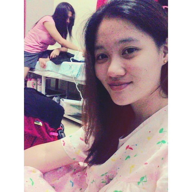 someone still doing ironing n preparing for tomolo's job Fighty Chaiyok Fingercross
