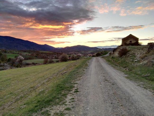 Atardecer Huesca Pueblo Camino
