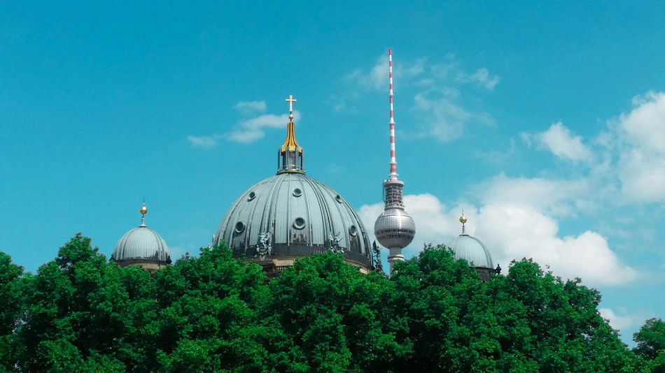 Beautiful stock photos of cross, Architecture, Berlin Cathedral, Building Exterior, Built Structure