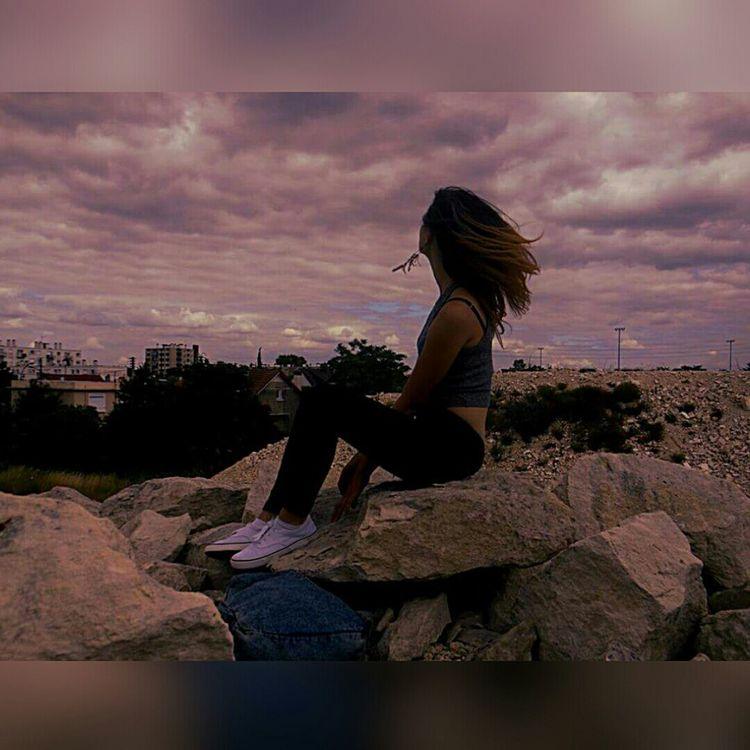 L'impuissance.🌏 Regard Sur Le Monde Le Monde Va Mal Taking Pictures Pretty Sky That's Me Beautiful Good Times