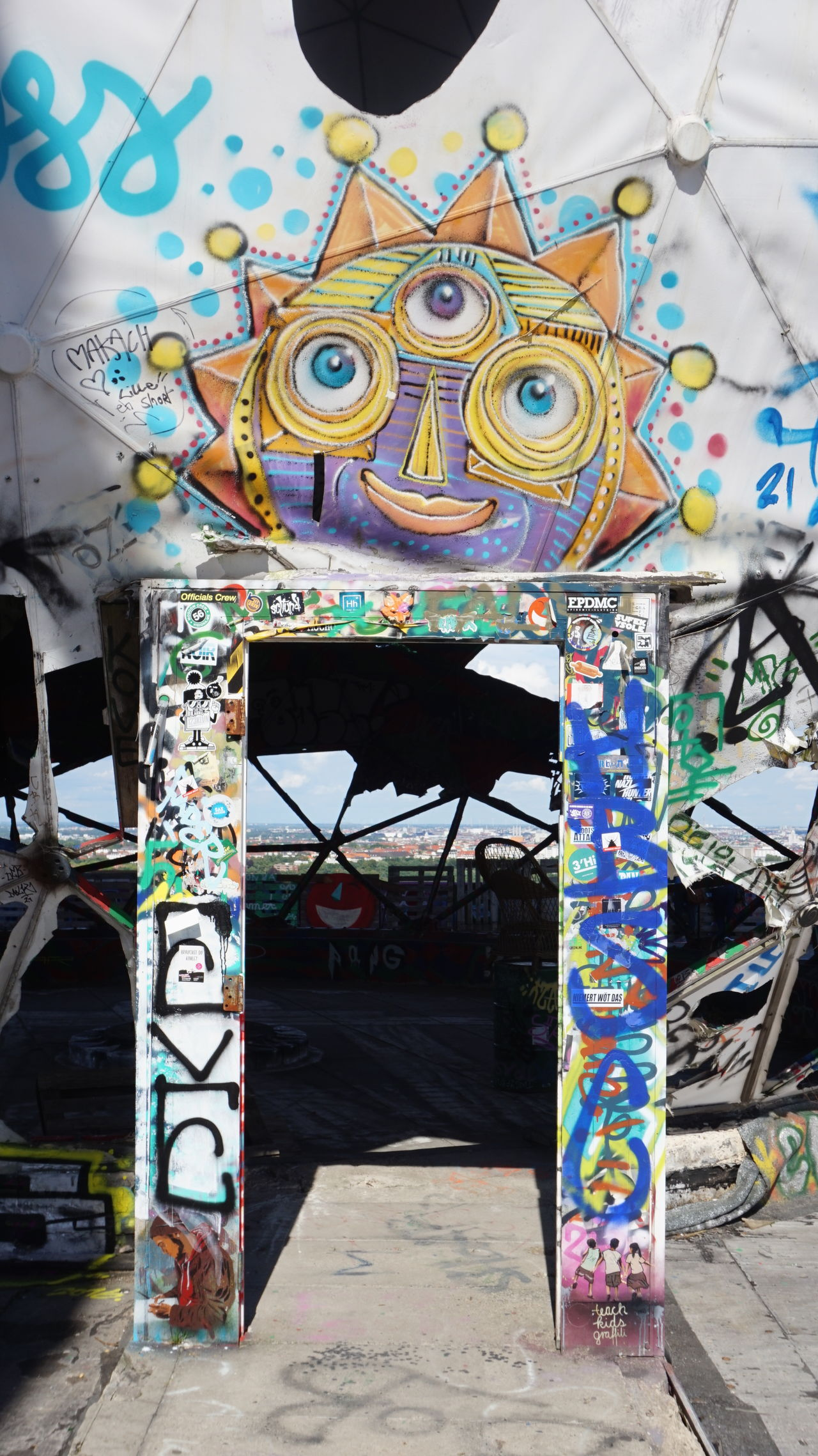 Art Berlin Hilltop Kunst NSA Station Berlin Panorama Teufelsberg The Place To Be