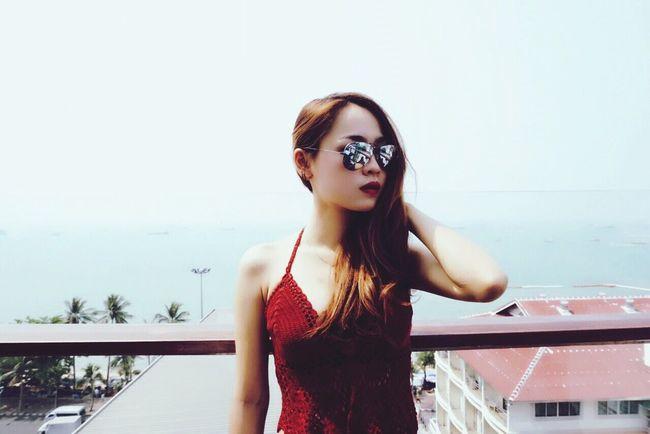 Enjoying Life Alone Hello World Ninew Thailand Pataya