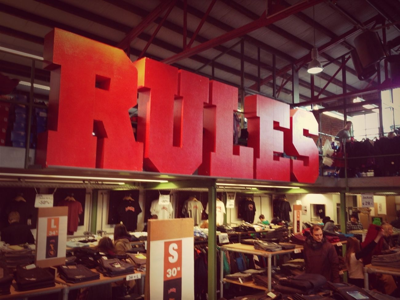 Titus Outlet