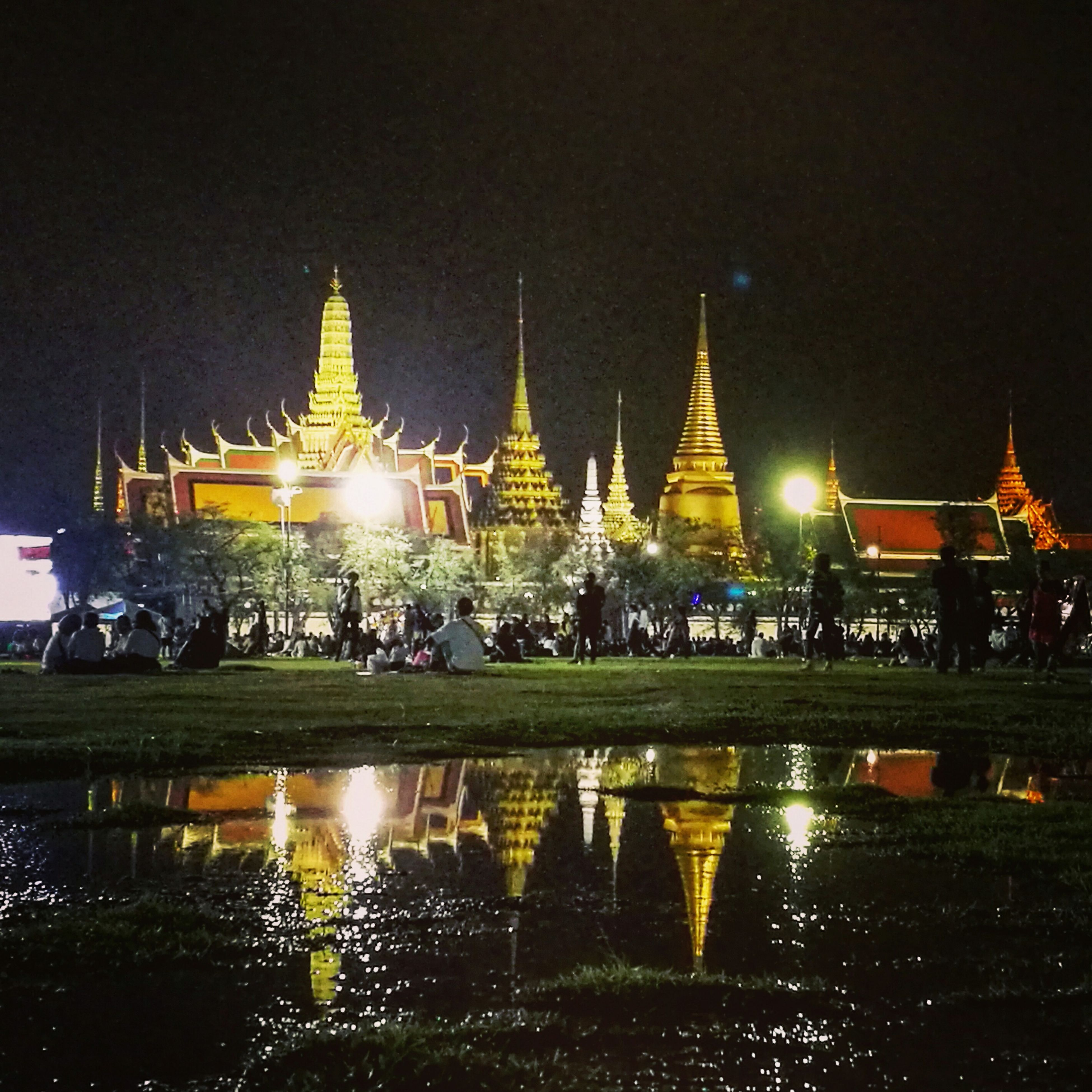 Thailand King Palace ROYEL Litght Temple - Building City Mobile Photography