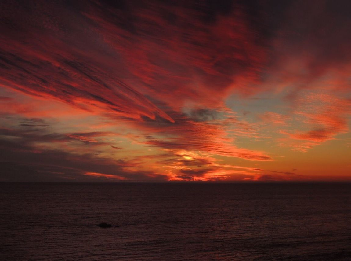 https://youtu.be/RlYs_IYUcDQ Sunset Fire  Sunset_collection Sunset And Clouds  Dramatic Sky Red Clouds Sky Porn Skyscape Clouds And Sky Variation Horizon Over Sea Capture The Moment The Purist (no Edit, No Filter) From Where I Stand Reñaca Beach , Chile