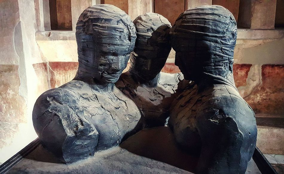 Indoors  Human Body Part Architecture Art ArtWork Pompei Scavi Pompeiscavi Pompeii Ruins History Close-up Stunning Beautiful Picoftheday Time Passes By Past Threepeople Human Face Human Body Art