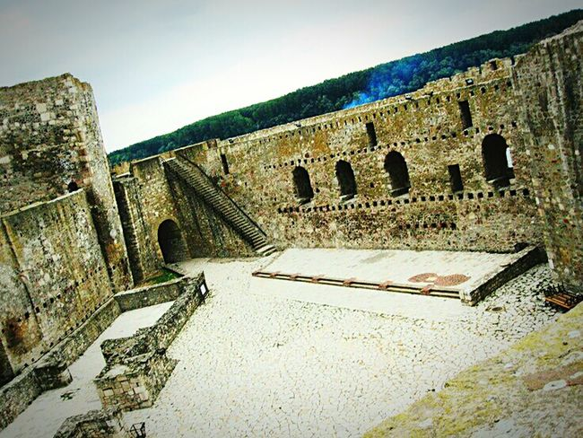 Fortress of Smederevo, Serbia! Amazing View I Love My City Stone Wall Silhouette Collection Fortress In Europe Fortress View Fortress Of Stone The Old Fortress Smederevo Made In Serbia From My Point Of View Photooftheday Made By Me Popular Photos Capture The Moment On Vacation Stone Fortress Fortress Europe Travel Photography Love❤ Discovering Great Works Miraculous Pointperspective