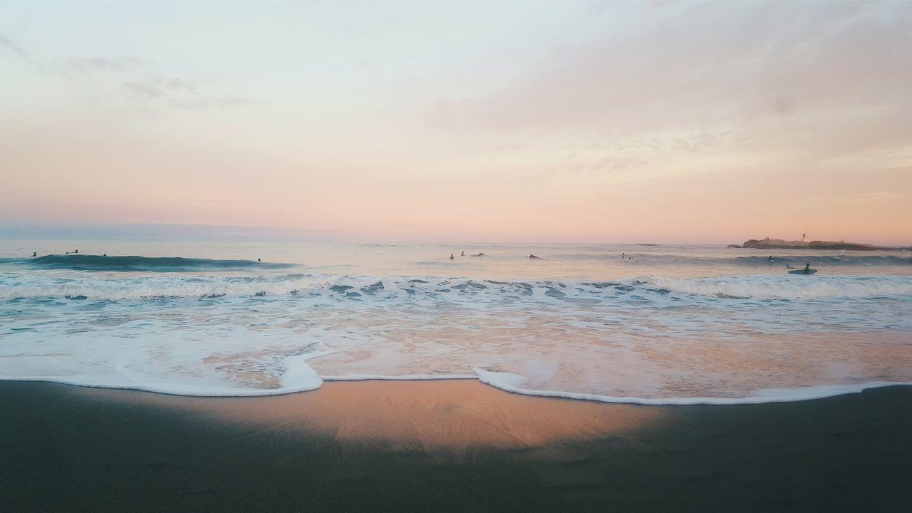 Beach Sea Reflection Water Sunset Beauty In Nature Sand Outdoors Horizon Over Water Nature Scenics Sky Refraction No People Day Uruguay Uruguaynatural Puntadeldiablo Latin AmericaDoSul Praia Rosa Pink Pinksky Surf