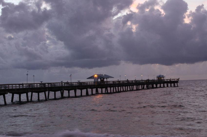Atlantic Ocean Cloud Cloudy EyeEmNewHere Fort Lauderdale  Storm Early Morning Florida Pier Sea Sky Stormy Sunrise Water