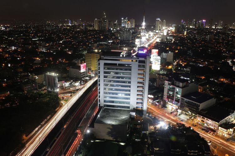 Night Skyscraper Cityscape Illuminated City High Angle View Architecture Urban Skyline City Life Downtown District Outdoors Aerial View Modern Nightlife Travel Destinations No People Canon700D Canonphotography Gerfietography Building Exterior Futuristic Sky Be. Ready. AI Now