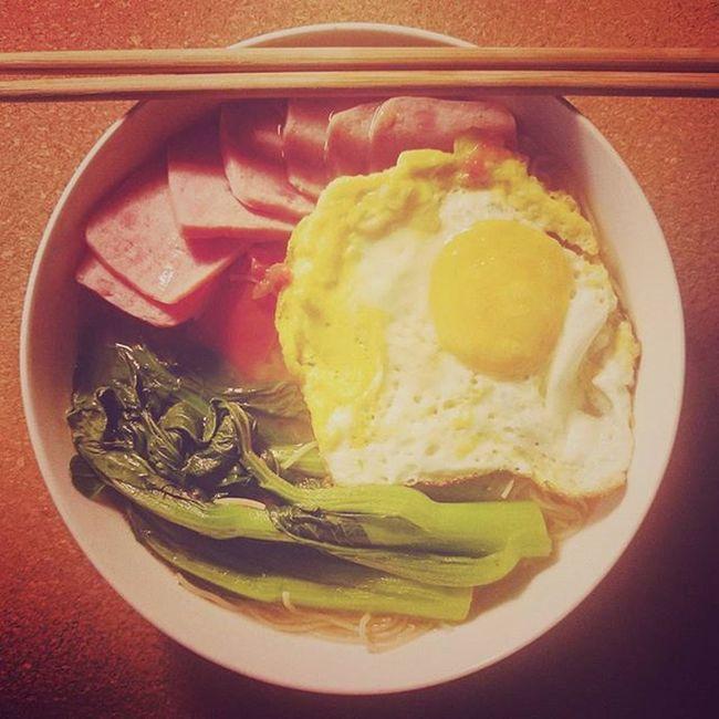 『我下面給你次呀...』😉😉😉 Breakfast Morning Nightsnack Overnights Canton Guangzhou