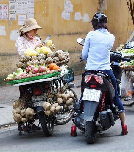Pineapple Making A Quid Ba Dinh, Vietnam Truc Bach, Hanoi Gotta Be An Easier Way To Make A Living Hanoifood Selling Fruit Hanoi, Vietnam Side Of The Road Making A Living Fruit Seller Fruit Way Home From Work Street Photography