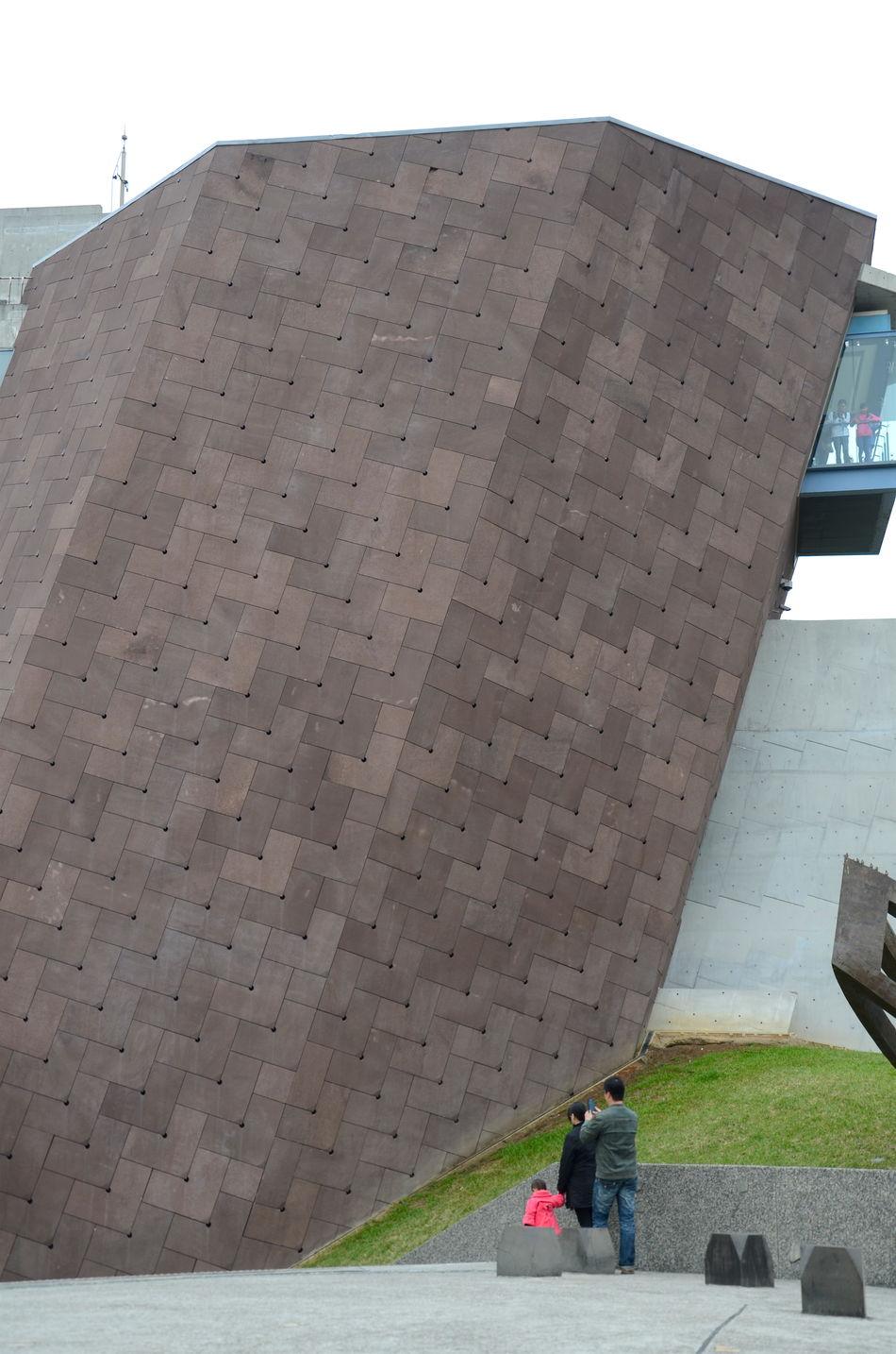 Big Chunk Of Block Big Wall Fortified Wall Modern Architecture Modern Art Modern Building Modernart Wall - Building Feature