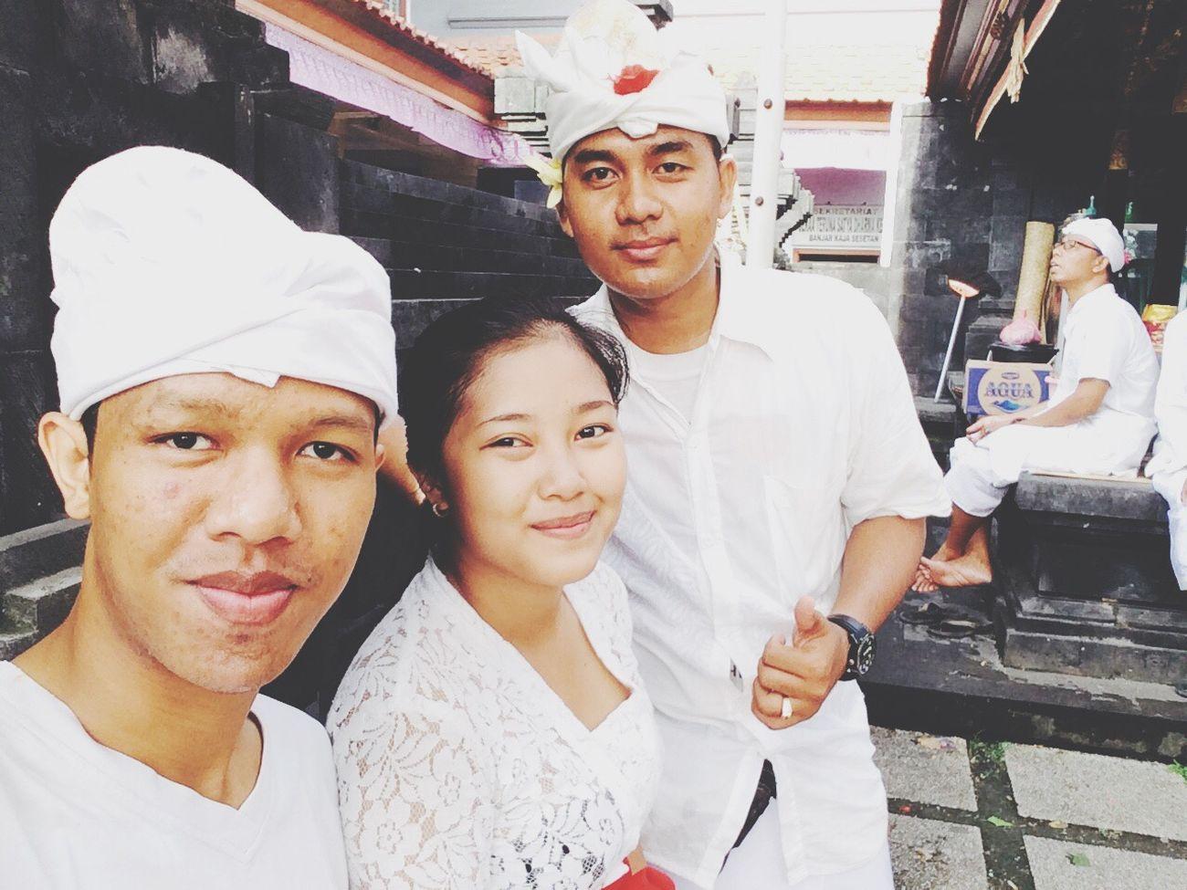 Pray Balinese Bali, Indonesia Hindu