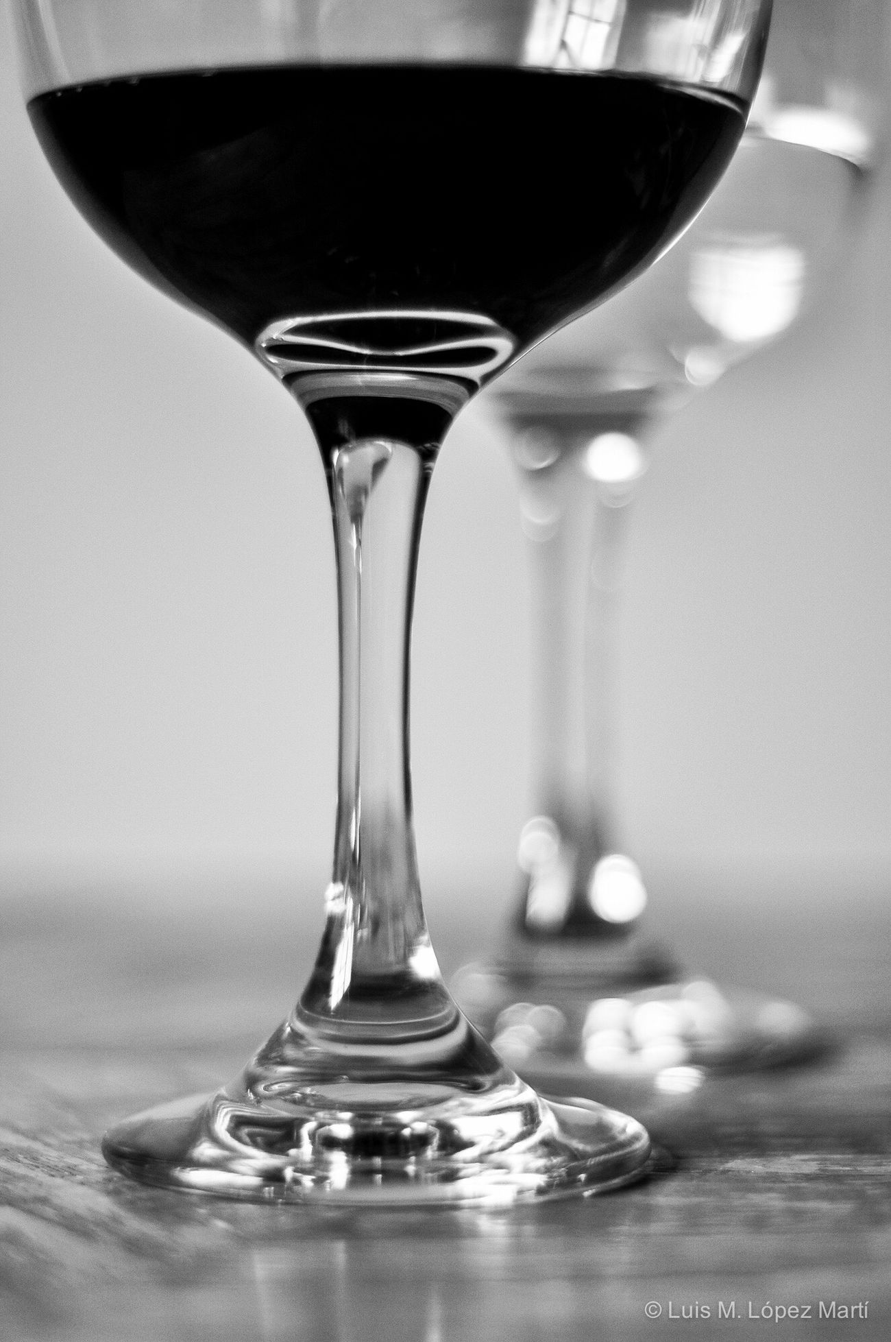 Tegucigalpa Honduras Wineglass Close-up Wine Wine Moments Lifestyles Blackandwhite Black And White Black & White Blackandwhite Photography Black And White Photography Black&white Blackandwhitephotography Black And White Collection  Water Bokeh Bokeh Photography Nikon Nikonphotography Photography Photo Light And Shadow Photooftheday Reflection Cup