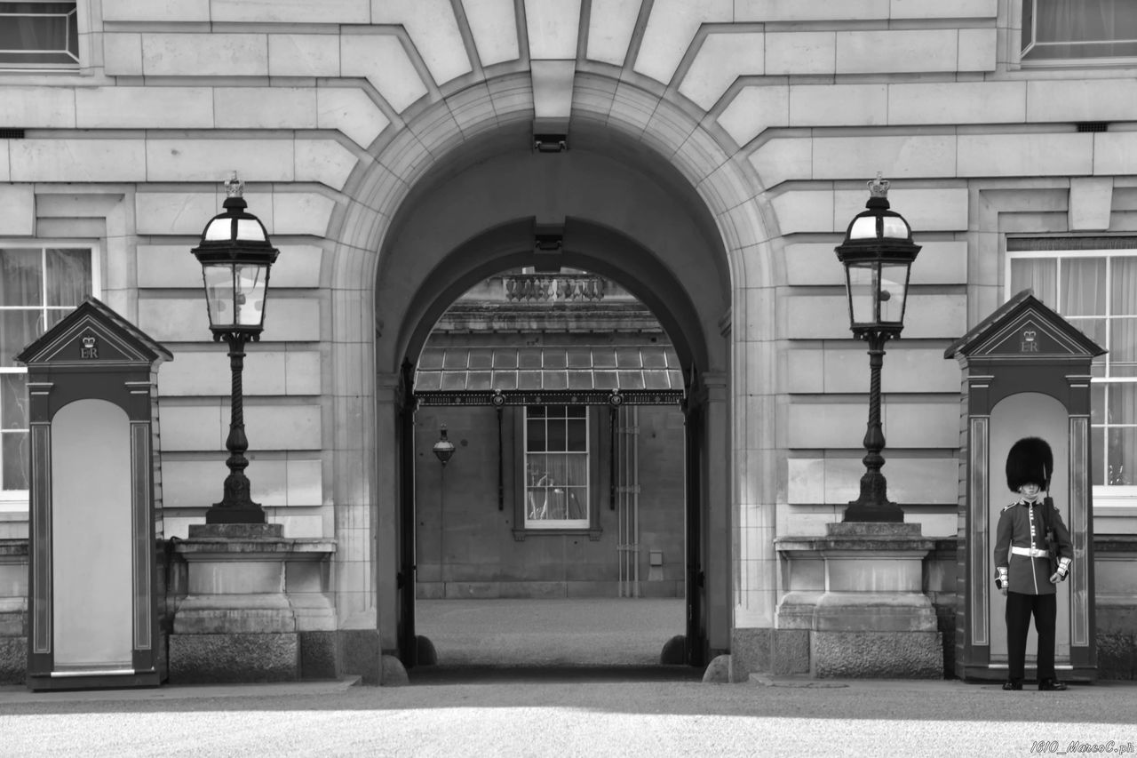 Art Black And White Blackandwhite Bridge Britain Inghilterra Life London London Eye LONDON❤ Londra Metropolis Photography River Saint Paul's Cathedral Street Streetphotography Sunset Tamigi Thames Towerbridge Uk Underground Vita