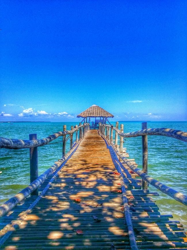 My Smartphone Life Sea And Sky Pier Enjoy Palawan Traveling Danielnekvasil Livingmydream