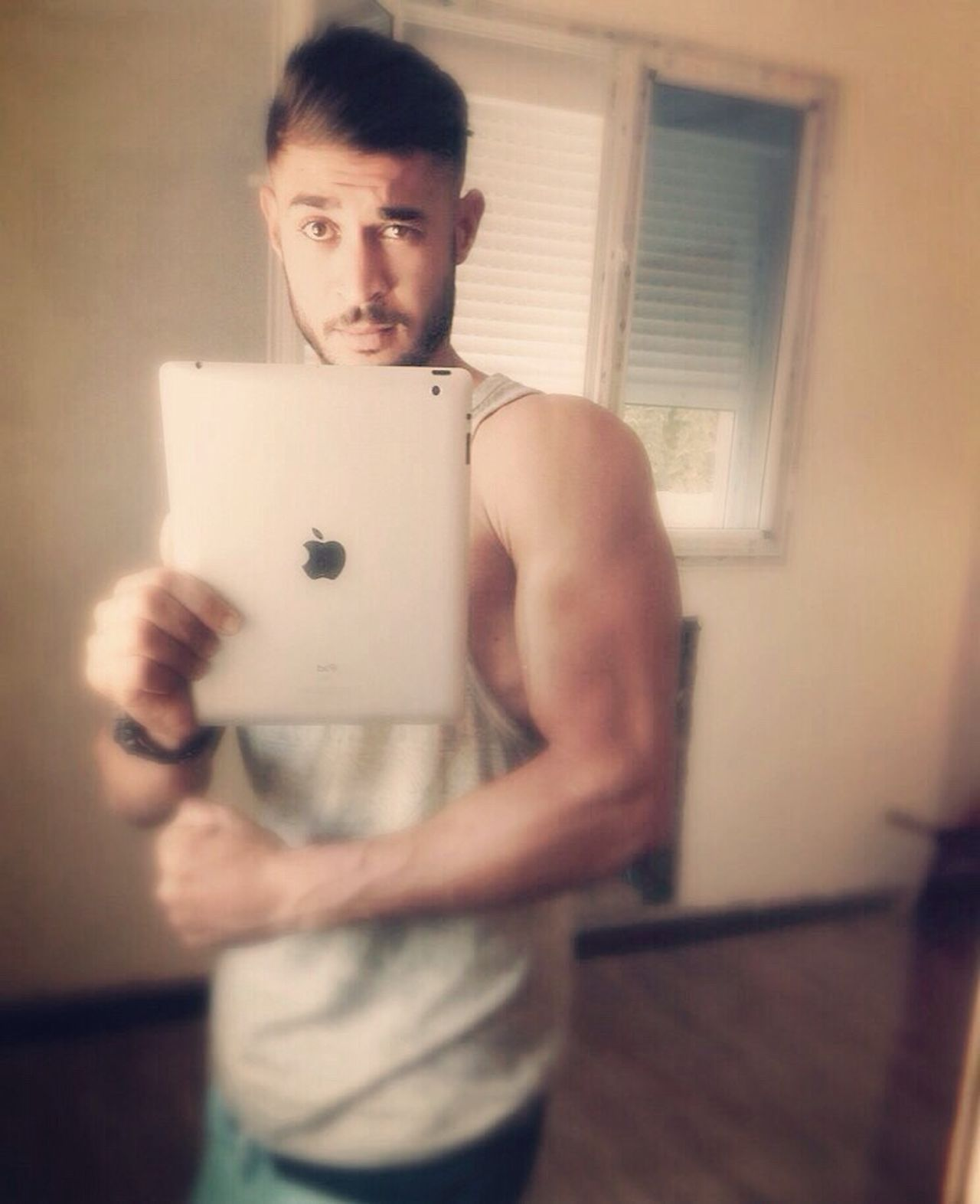 Merror Selfie Hi! Thatsme😘✌✌ Taking Photos Selfie ✌ Home Made Taking Photo Check This Out Me Today Eye4photography  Perfect Day Sport Motivation