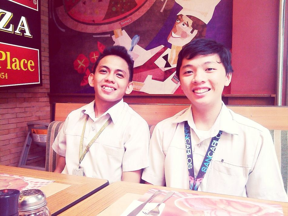 Hanging Out Taking Photos At Shakey's♥ Happy