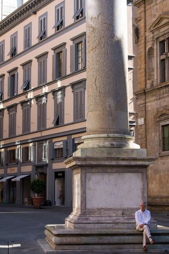 Florence Italy Florence Building Exterior Architecture Built Structure City Full Length Real People Outdoors Lifestyles Leisure Activity One Person Day Statue Sculpture Adult People Adults Only