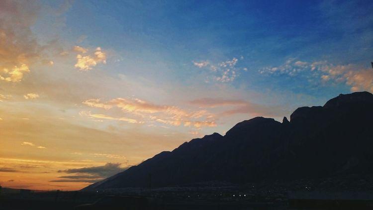 Un fotografia nunca va a reflejar cuan hermoso es el mundo... Vscocam View Mountain Sky Clouds Landscape