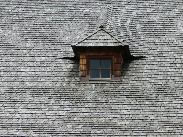 Roof Roof Tile Roof Tiles Roof Window Roof With A View Found On The Roll Austrian Alps Austria Taking Photos Wooden Building Wooden House Window Windows_aroundtheworld Windows And Doors Shapes And Forms Shapes , Lines , Forms & Composition Shapes And Textures Shapes And Angles What's On The Roll Colour Pallete Dramatic Angles Maximun Closeness Beautifully Organized Welcome To Black Art Is Everywhere