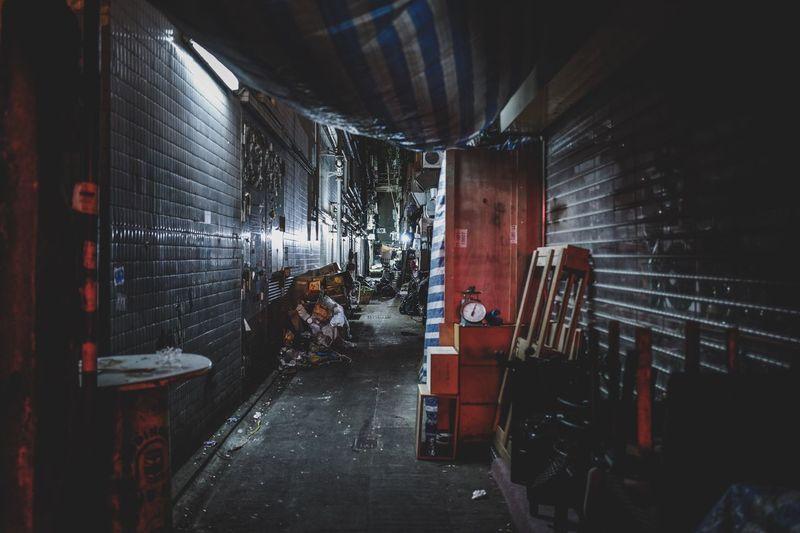alleyway midnight Discoverhongkong Leicaq Alleyway Backstreet Midnight Nightshooters Hello World Nightphotography Nightscape City Life HongKong Cityscape Life In Motion Amaging Walking Around From My Point Of View EyeEmNewHere EyeEm Masterclass EyeEm Gallery Shadow And Light Beautiful Taking Photos Travelling Photography EyeEm Streetphotography