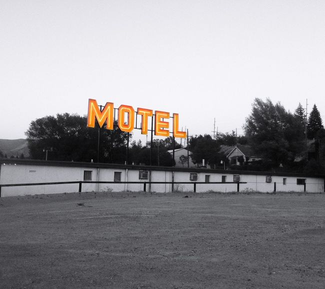 """Neon Proclamation"" Old motel along historic U.S. Route 6 (not 66) in Ely, Nevada. Also known as Grand Army of the Republic Highway, honoring the American Civil War veterans. Motel Motels Motelsigns Neon Neon Sign Old Motel Selective Colorization"