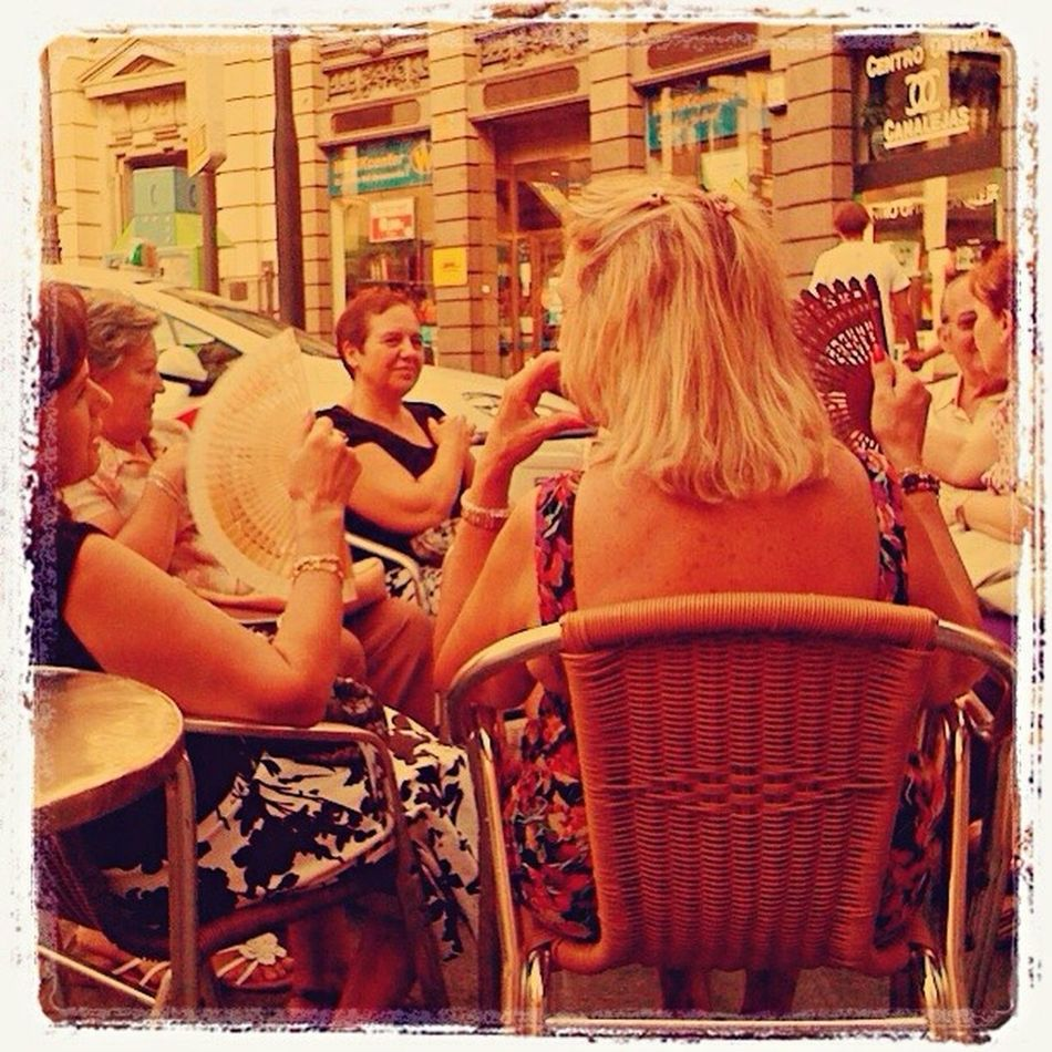 Life Style Madrid ❤ Madrid Spain August In The City Escapology EyeEm Best Edits City Life Madrid Chair Women Calor!!! Calor Enjoying Life