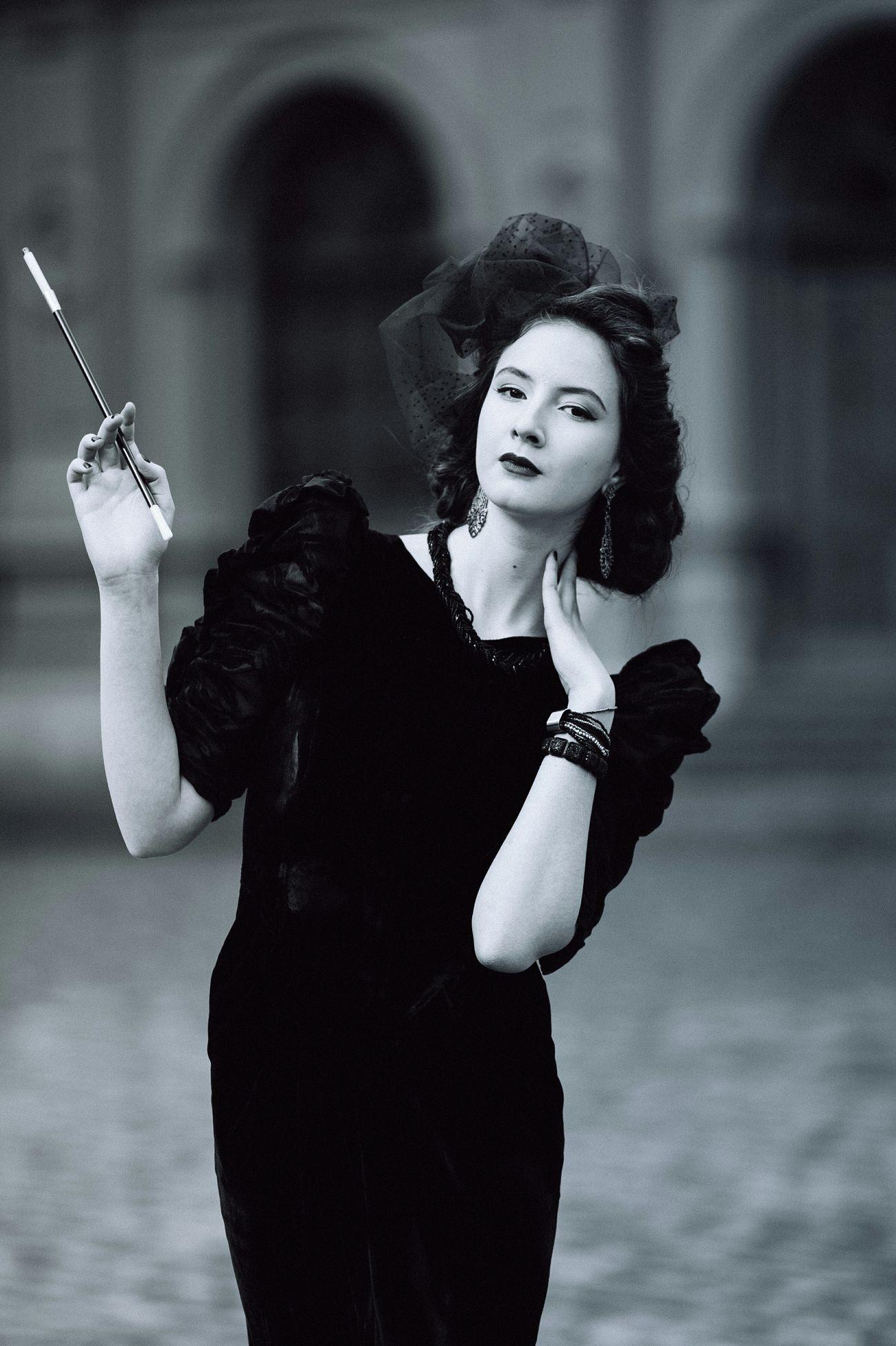 PhotoIF Blackandwhite Noir Girl Monochrome Portrait