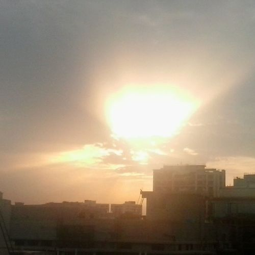 An explosion in the sky :O Sunrise Notasunset Earlymorning  Morningsun Earlylife Wondersofthemorning Morningperson  Cloudyskies Monsoon Sunsout Orient Thesunrisesintheeast Westward WhatABeauty Likeanexplosion Instasky Instasun Beautifulmornings Nofilter