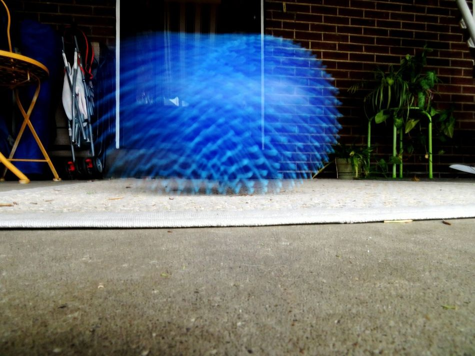 Capturing Motion Bouncing Ball Blurred Motion Blur