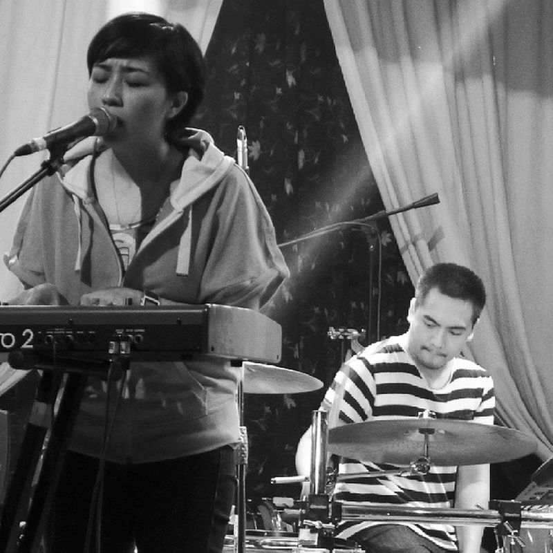 Updharmadown kind of night. Perfect for this weather. @up_dharma_down @armimillare Goodmusic