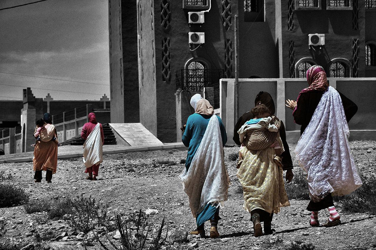 Women Around The World Women Who Inspire You Motherhood Moments Streetphotography Real People Daily Life Motherhood Women Of EyeEm Outdoors People Large Group Of People Women - Morocco Africa