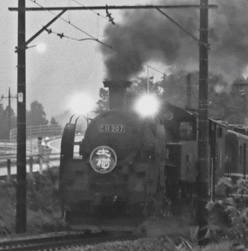 お盆に日光〜鬼怒川へ行った時の1シーン。 Steam Locomotive Train Old Train Smoke Chimney Chimney Smoke C11 C11 207 TOBU Railway Tobu Line Tochigi Kinugawa Nostalgia Blackandwhite Monochrome Classic Train